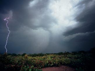 التحكم بالطقس