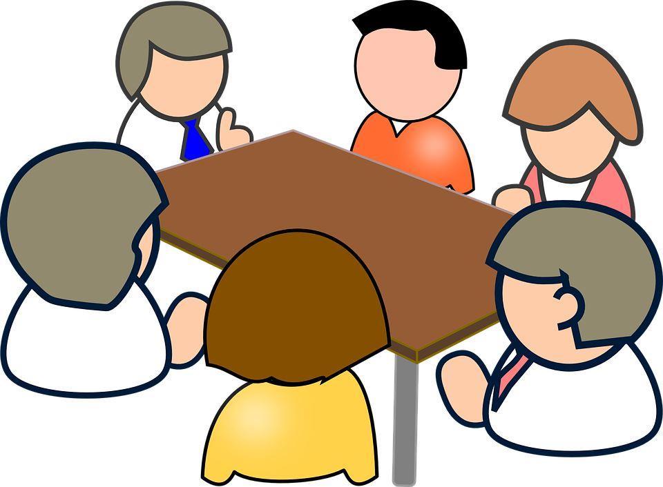مجموعة اشخاص يتناقشون - الصحافة العلمية -