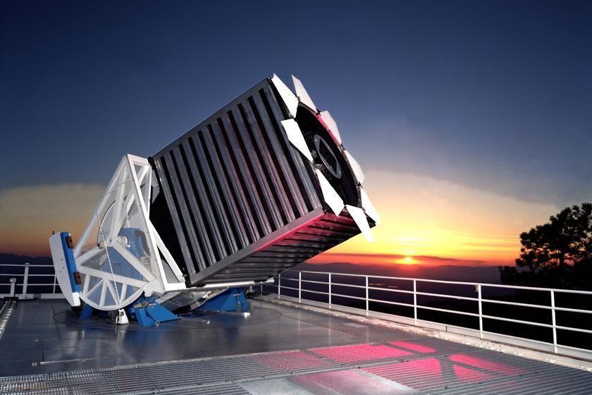 (S.D.S.S) صورة للماسح الرقمي (Soloan Digital Sky Survery)