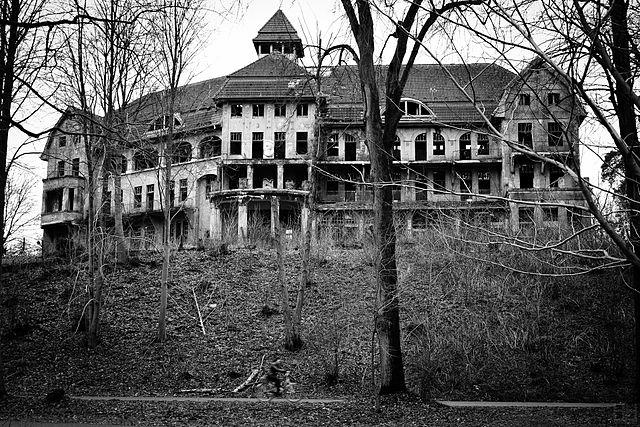 بيت مسكون