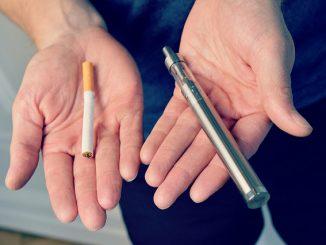 السجائر والسجائر الإلكترونية