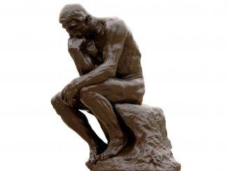 رجل يفكر